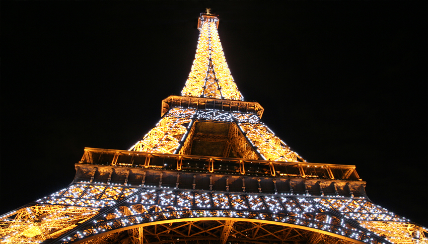 Eiffel Tower, France - Copyright © Tour Eiffel-Illuminations Pierre Bideau