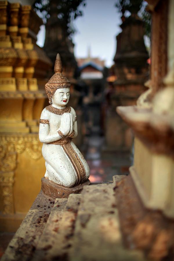 CP3-Fot18-Temple-Figurka