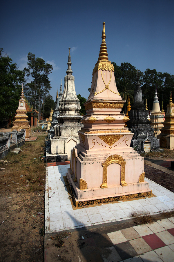CP3-Fot20-Temple-Cmentarz